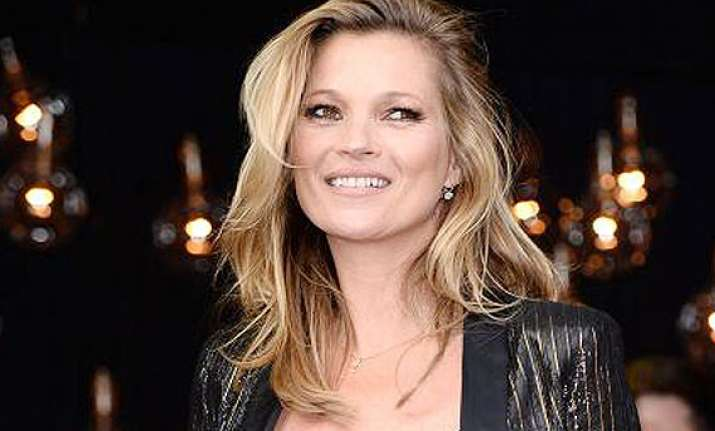 kate moss resorts to weight loss treatments