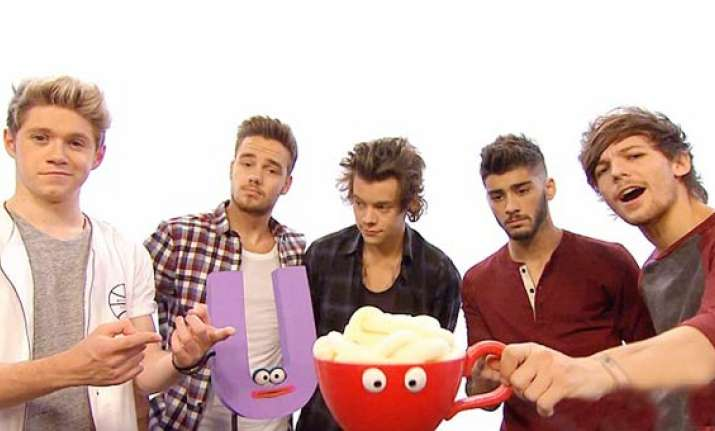 one direction to open cafe chain in japan