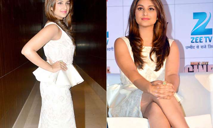 parineeti chopra looks smokin hot in varun bahl dress at