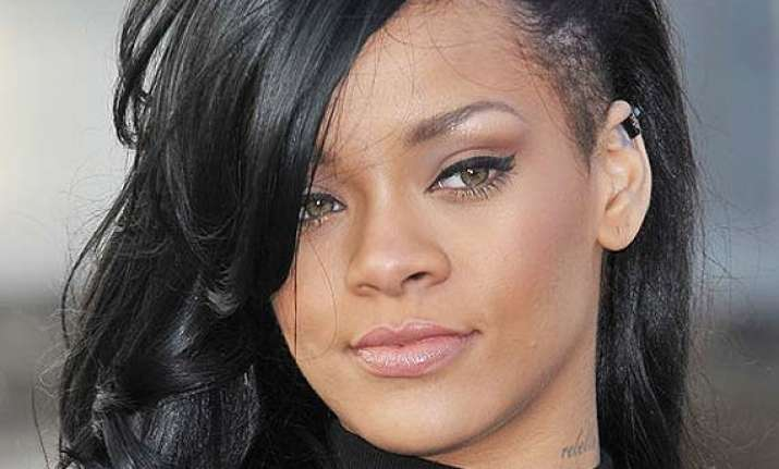 rihanna doles out tips for clear skin