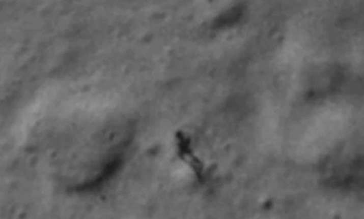 alien on the moon is just dust nasa scientist