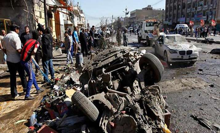 another car bomb explosion in iraq kills 17