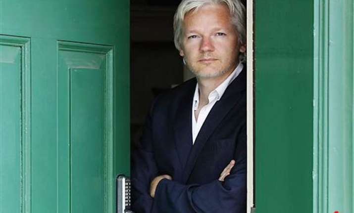 assange says house arrest hampering wikileaks work