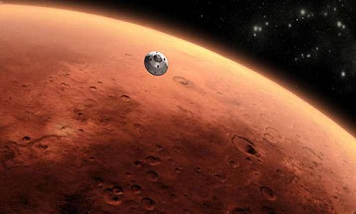 astronauts face radiation threat on long mars trip