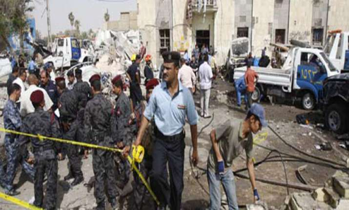 widespread attacks in iraq kill 50