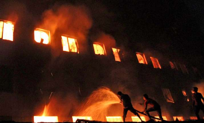 at least 124 dead in dhaka garment factory blaze