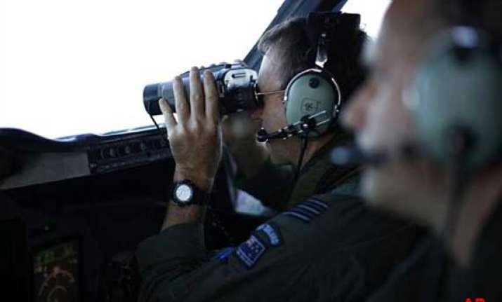 australia says search for mh370 can drag on
