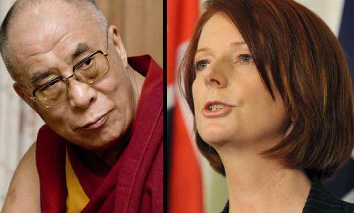 australian prime minister snubs dalai lama