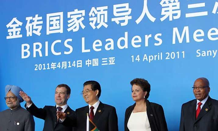 brics leaders sign pact on using own currencies for credits