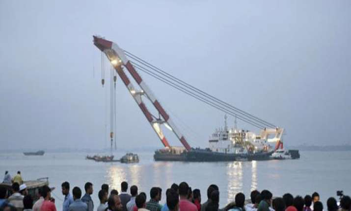 bangladesh ferry death toll rises to 54