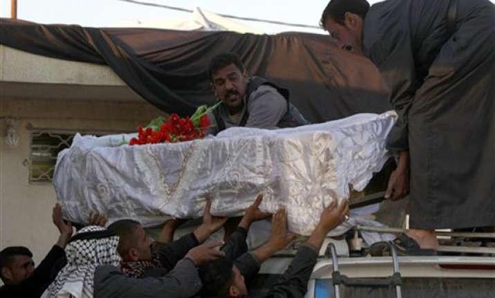 bomb kills at least 53 pilgrims in south iraq
