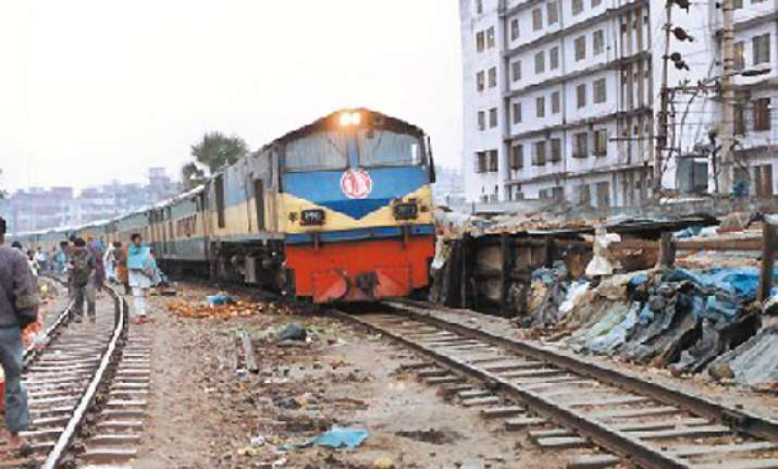 bomb scare hits rail services in northwest bangladesh