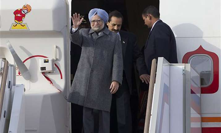 border issues to figure in talks as pm flies to china