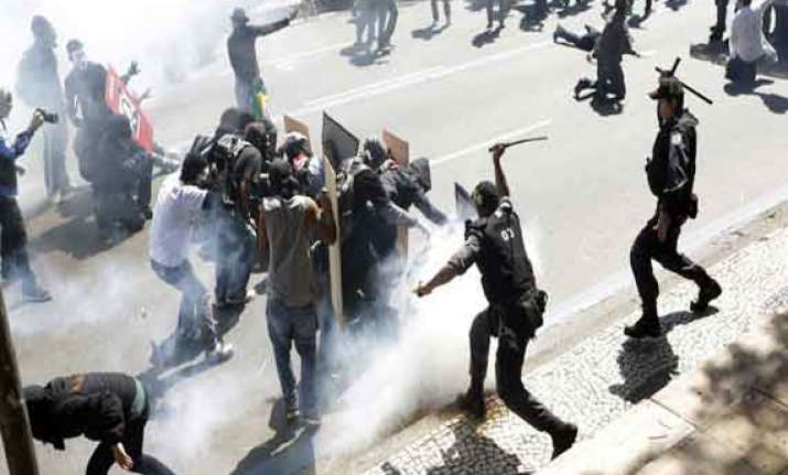 brazil protests turn violent after police shooting