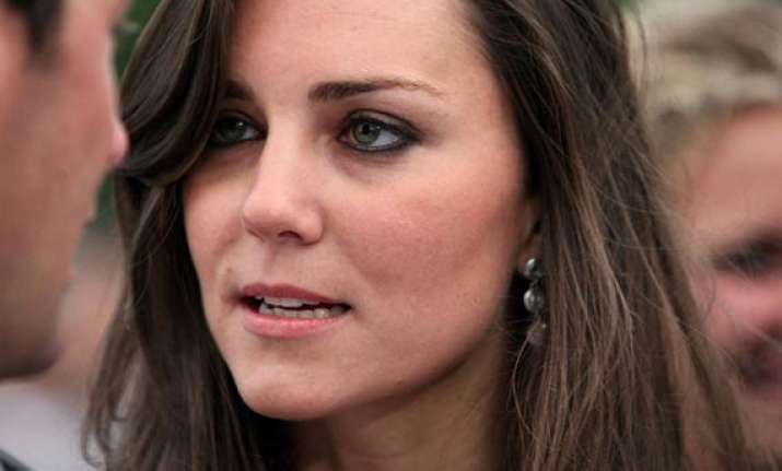 britain s kate middleton in labour buckingham palace