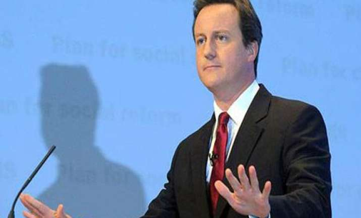 british pm to visit pakistan saturday