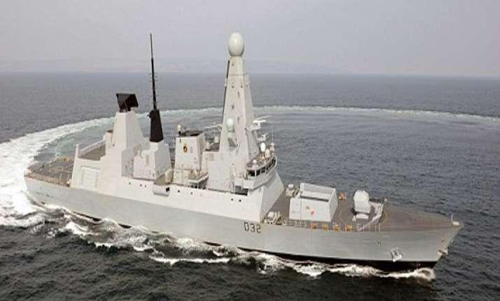 british navy sending destroyer to gulf