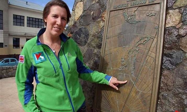 british woman tries historic antarctic crossing