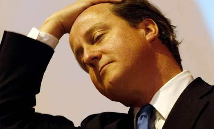cameron to be quizzed over phone hacking scandal