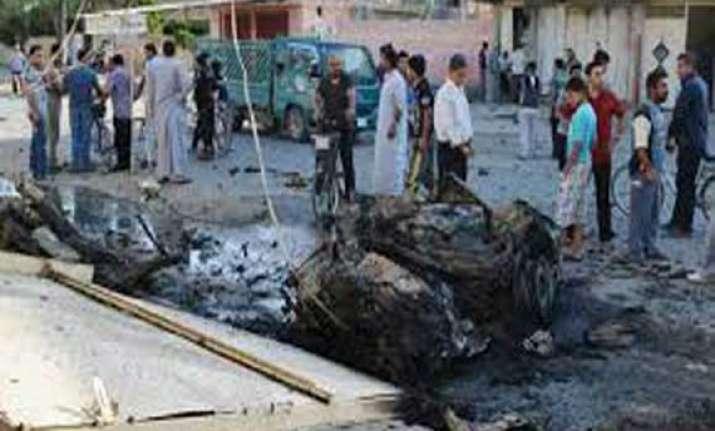 car bomb kills 10 in iraq