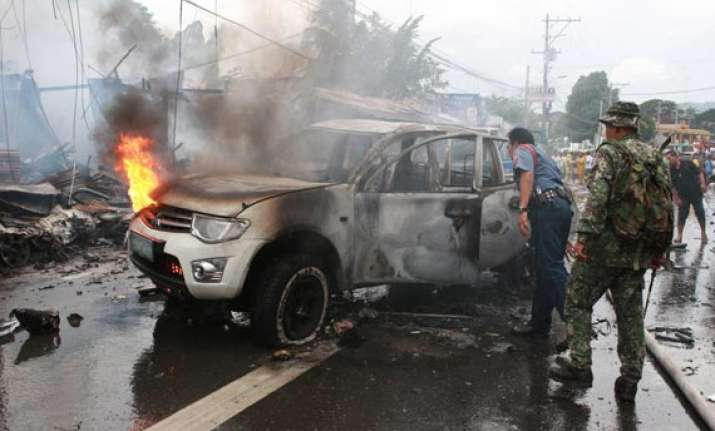car bombing kills eight in philippines