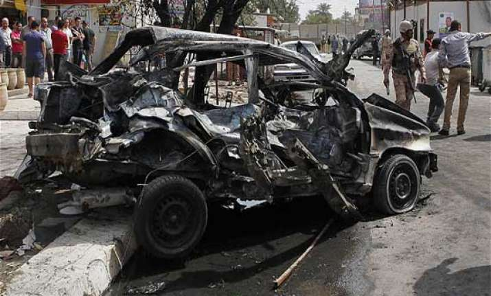car bombs in baghdad iraqi town kill 21 people