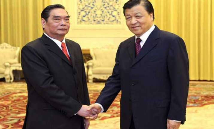 china vietnam agree to avoid confrontation over scs disputes