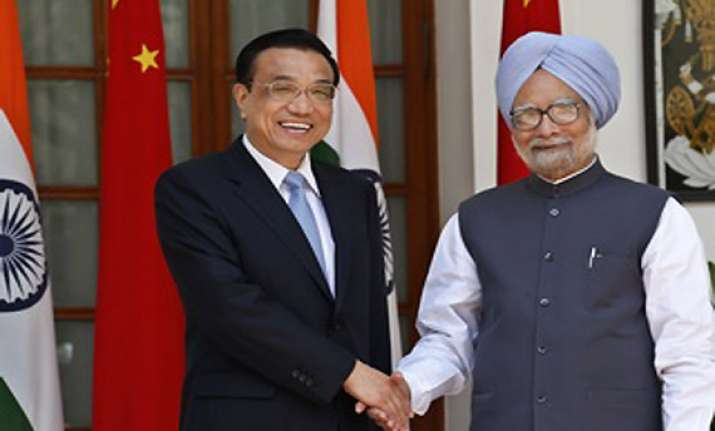 china gives top billing to manmohan s visit