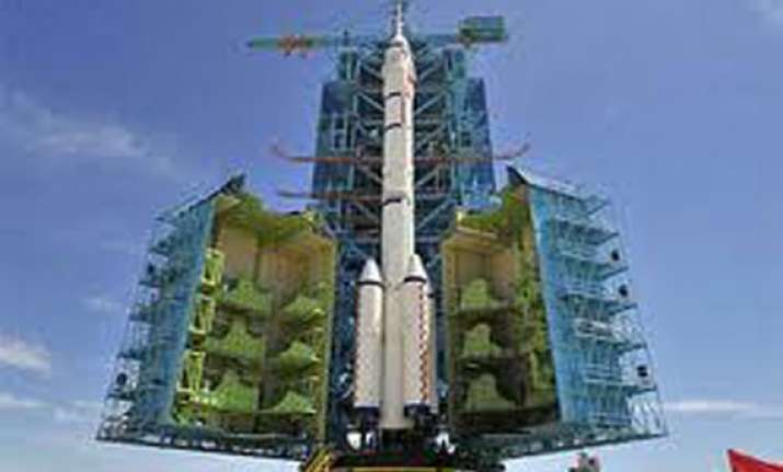 china to launch new manned spacecraft