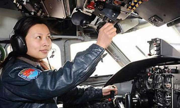 china to send second woman into space tomorrow