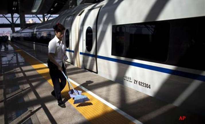 china tests beijing shanghai bullet train