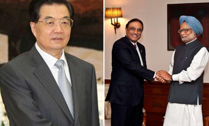 china welcomes zardari s india visit