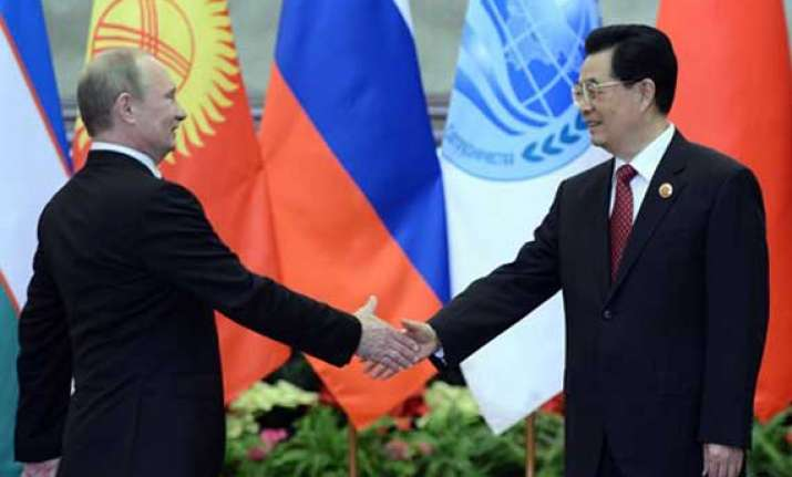 china and russia sign 10 crucial agreements