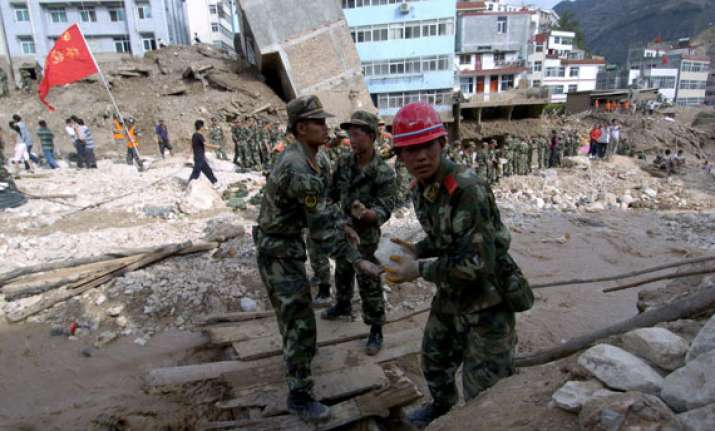 china landslide claims 42 lives