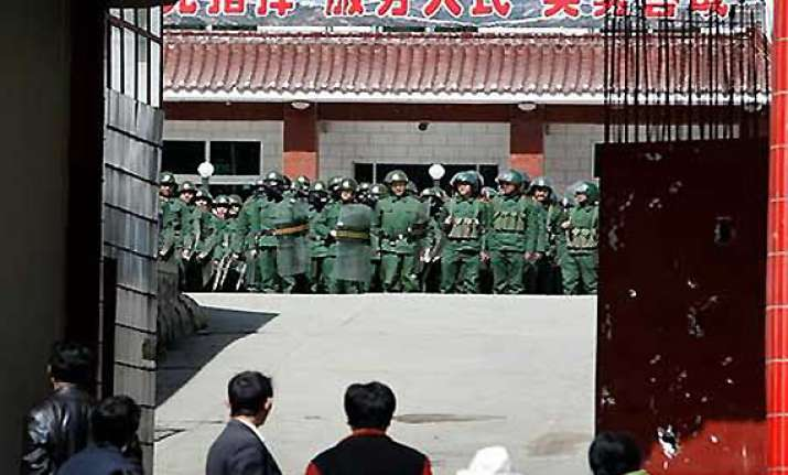 chinese officials asked to prepare for war in tibet report
