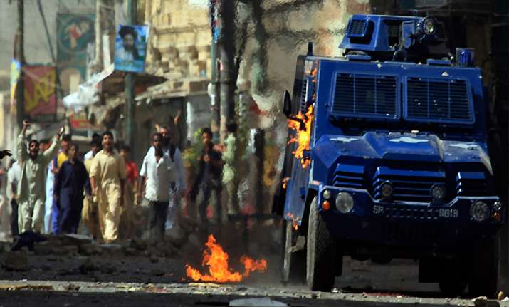 clashes leave 7 soldiers 22 militants dead in pakistan