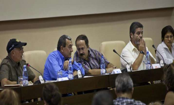colombia leader open to talk with no.2 rebel group