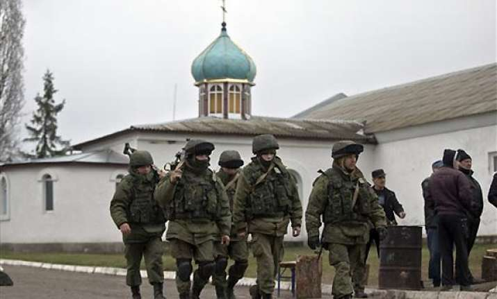 crimea starts reforms to move toward moscow