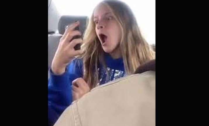 dad secretly films daughter taking selfies posts on youtube
