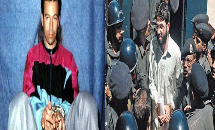 daniel pearl killer omar saeed sheikh attempts suicide in