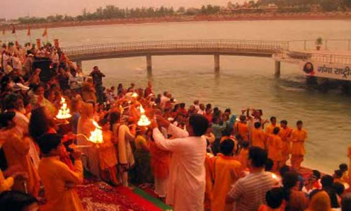 deadly superbugs spreading fast at indian holy sites study