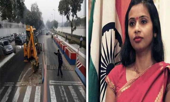 devyani khobragade case us sticks to its guns demands