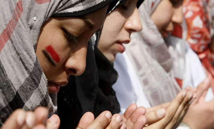 egypt military court acquits doctor in virginity test case