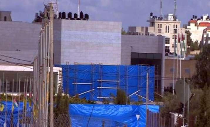 excavation starts at yasser arafat s tomb