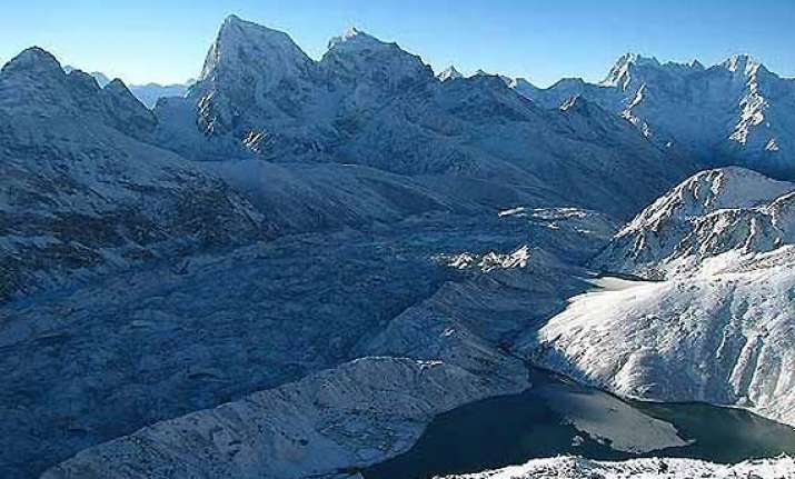 experts warn of massive quakes in himalayas