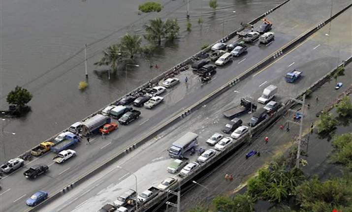 fears swell along river through thailand s capital