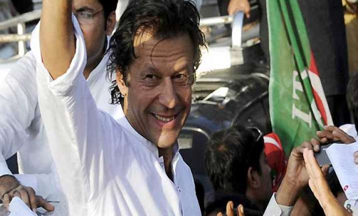 forcibly converting people un islamic says imran khan