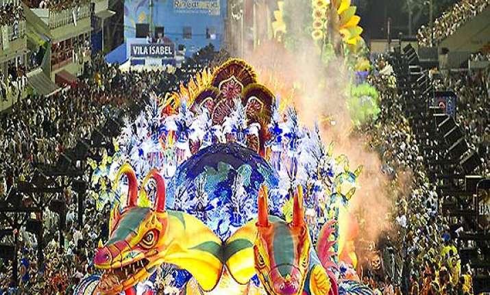 four die in fire on brazil carnival float