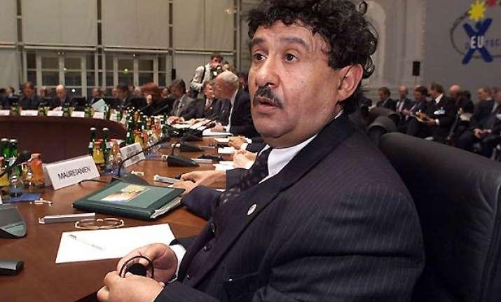 gaddafi envoy in europe to seek end to crisis