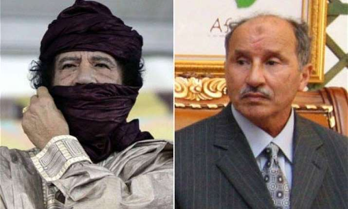 gaddafi s former minister forming transitional government